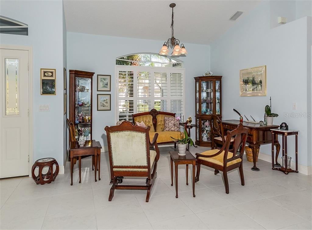 Dining area - Single Family Home for sale at 728 Thistlelake Dr, Venice, FL 34293 - MLS Number is N6104787