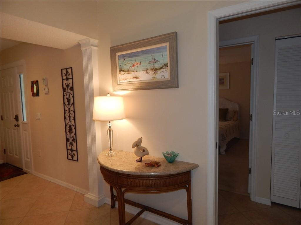 Villa for sale at 572 Clubside Cir #34, Venice, FL 34293 - MLS Number is N6105221