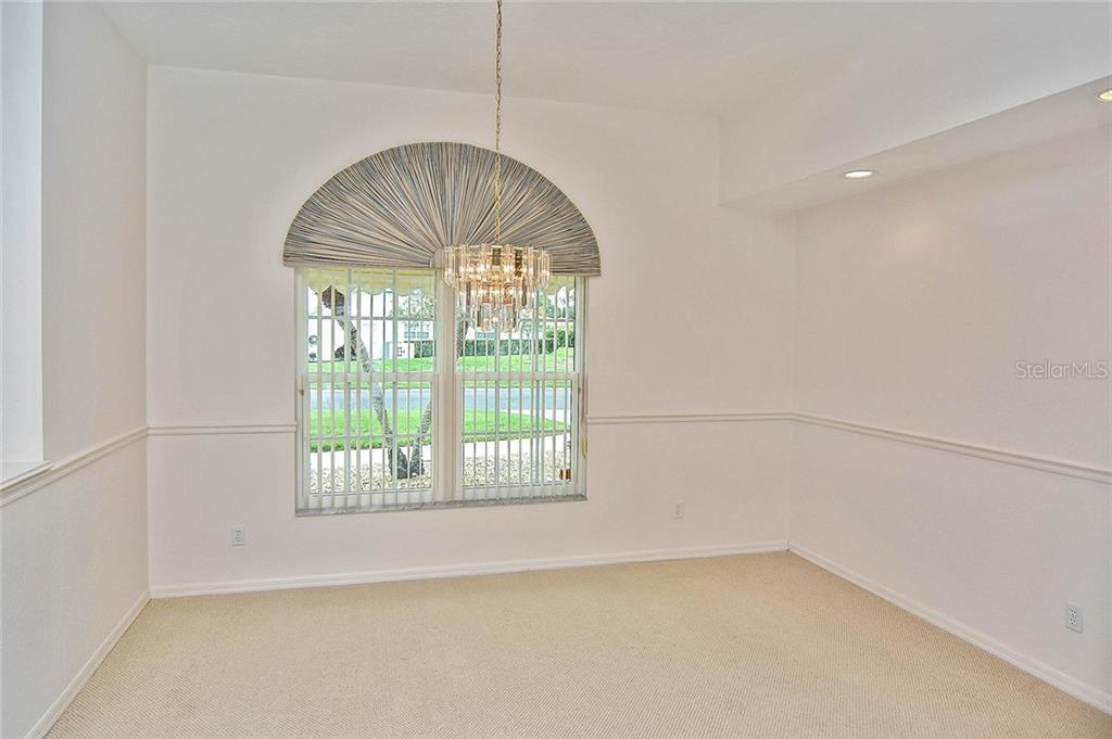 Dining room - Single Family Home for sale at 2232 E Village Cir, Venice, FL 34293 - MLS Number is N6105697