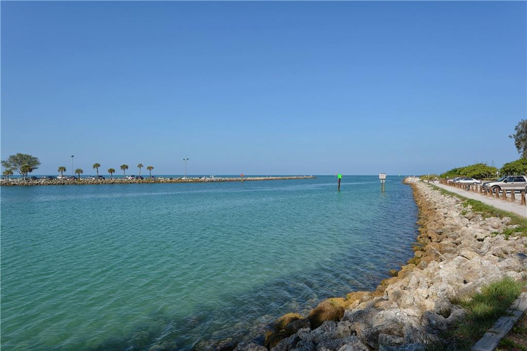 Jetty - Villa for sale at 1708 Fountain View Cir, Venice, FL 34292 - MLS Number is N6106422