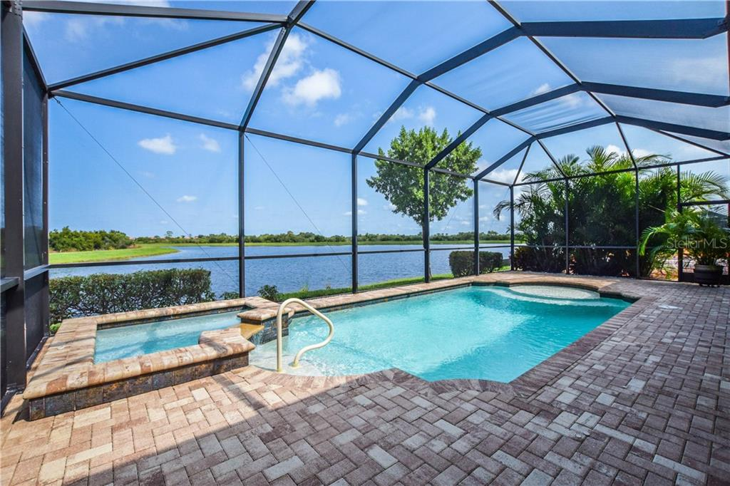 Single Family Home for sale at 23841 Waverly Cir, Venice, FL 34293 - MLS Number is N6107135