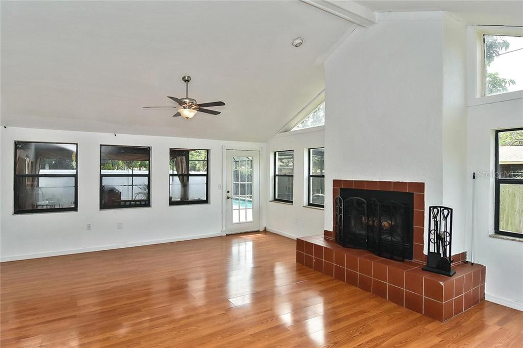 Dining room - Single Family Home for sale at 615 Lehigh Rd, Venice, FL 34293 - MLS Number is N6108175