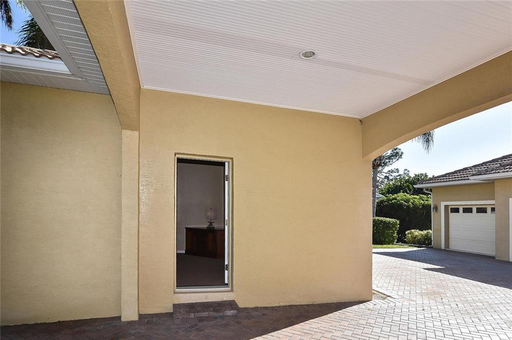 Entrance to guest house - Single Family Home for sale at 321 Dulmer Dr, Nokomis, FL 34275 - MLS Number is N6108685