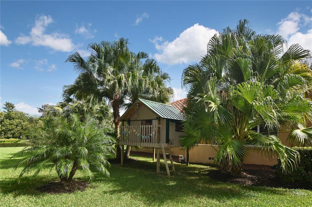 So sweet! - Single Family Home for sale at 7185 N Serenoa Dr, Sarasota, FL 34241 - MLS Number is N6109058