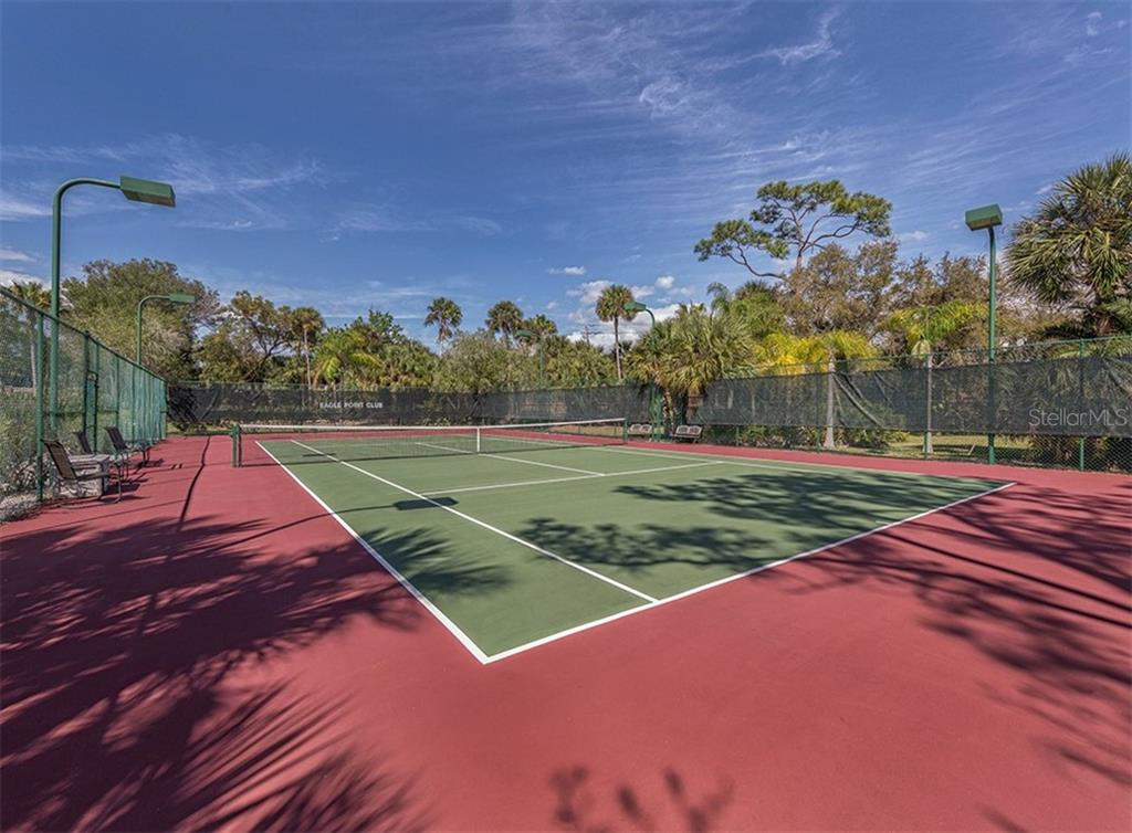 Eagle Point Club Tennis Court - Single Family Home for sale at 727 Eagle Point Dr, Venice, FL 34285 - MLS Number is N6110087