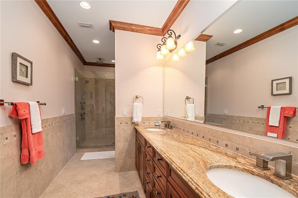 #4 Master Bath on 2nd Floor - Single Family Home for sale at 510 Bowsprit Ln, Longboat Key, FL 34228 - MLS Number is N6110334