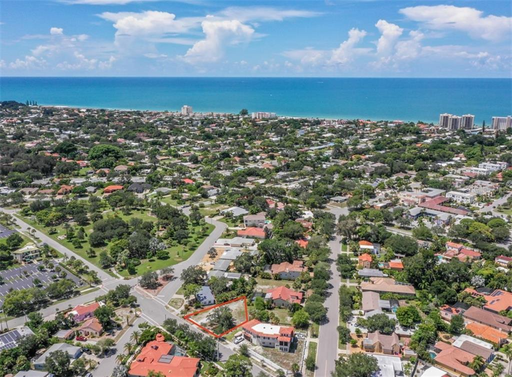 1/2 block to Blalock Park - Vacant Land for sale at 230 Nassau St S, Venice, FL 34285 - MLS Number is N6111555