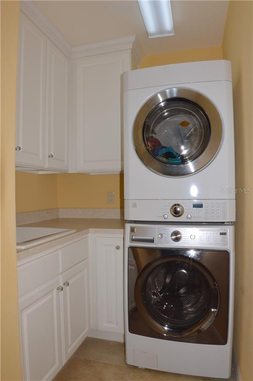 Laundry room - Villa for sale at 20117 Tesoro Dr, Venice, FL 34293 - MLS Number is N6111641