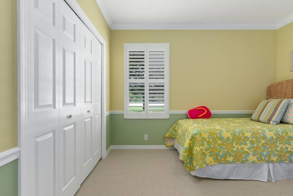 2nd guest bedroom - Single Family Home for sale at 601 Cockatoo Cir, Venice, FL 34285 - MLS Number is N6111658