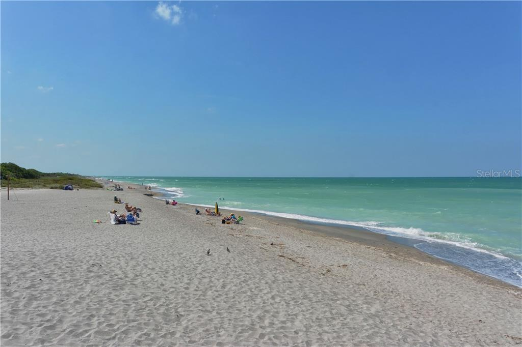 Beach - Single Family Home for sale at 886 Macaw Cir, Venice, FL 34285 - MLS Number is N6111692
