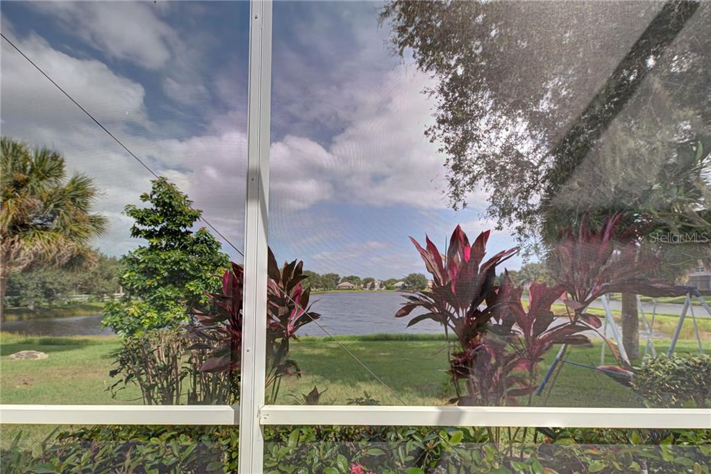 Single Family Home for sale at 111 Park Trace Blvd, Osprey, FL 34229 - MLS Number is N6111958
