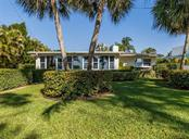 Rear exterior - Single Family Home for sale at 717 Valencia Rd, Venice, FL 34285 - MLS Number is N6109082
