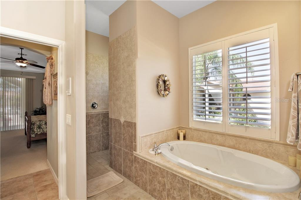A Jacuzzi bath and walk-in shower complete the Master Bath! - Single Family Home for sale at 1201 San Mateo Dr, Punta Gorda, FL 33950 - MLS Number is U8037798