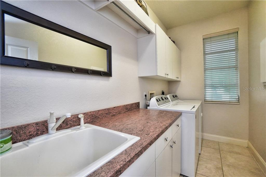 master bath jetted tub - Single Family Home for sale at 3412 Curacao Ct, Punta Gorda, FL 33950 - MLS Number is C7419131