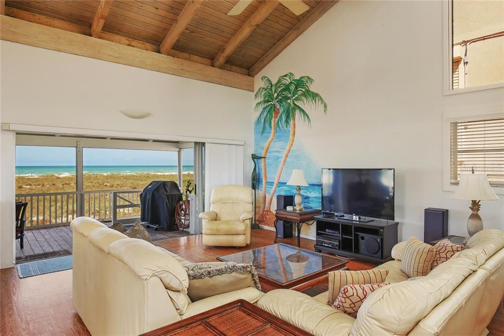 Additional photo for property listing at 680 Beach Rd 680 Beach Rd Sarasota, Florida,34242 Estados Unidos