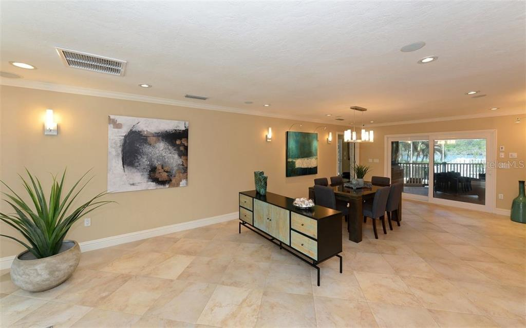 Additional photo for property listing at 3461 Bayou Sound 3461 Bayou Sound Longboat Key, Florida,34228 Hoa Kỳ