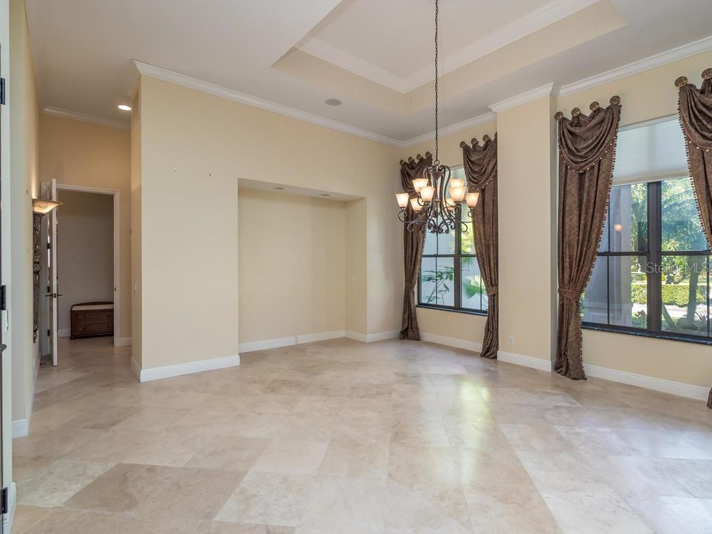 Additional photo for property listing at 7715 Donald Ross Rd W 7715 Donald Ross Rd W Sarasota, Florida,34240 Stati Uniti