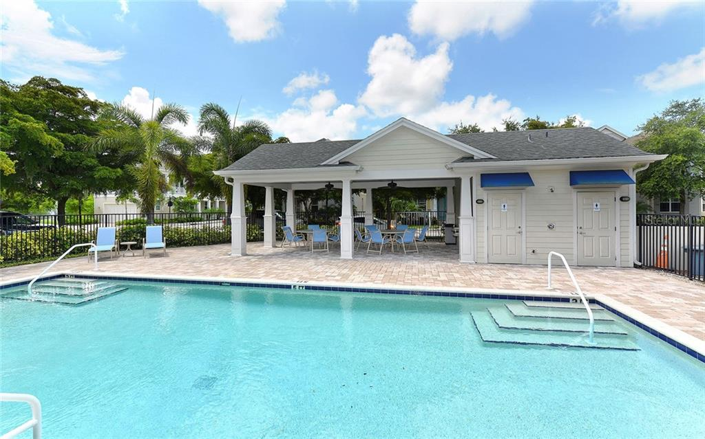 Single Family Home for sale at 3838 Pomegranate Pl, Sarasota, FL 34239 - MLS Number is A4407150