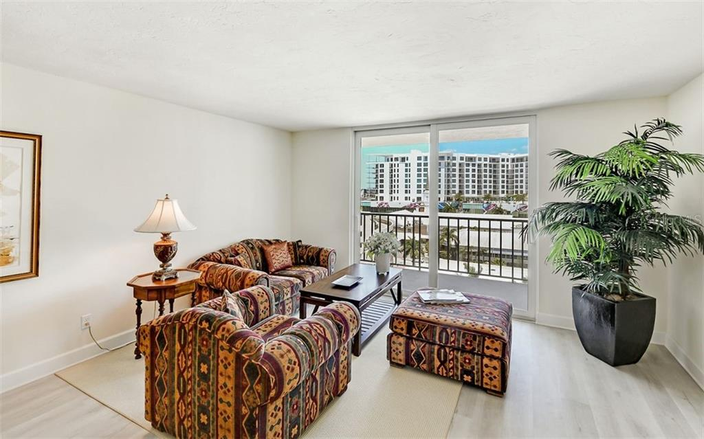 Condo for sale at 101 S Gulfstream Ave #10e, Sarasota, FL 34236 - MLS Number is A4411807