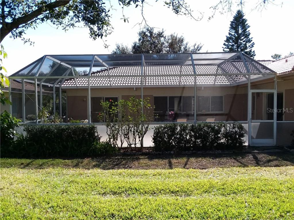 Single Family Home for sale at 3176 E Village Dr, Venice, FL 34293 - MLS Number is A4417064
