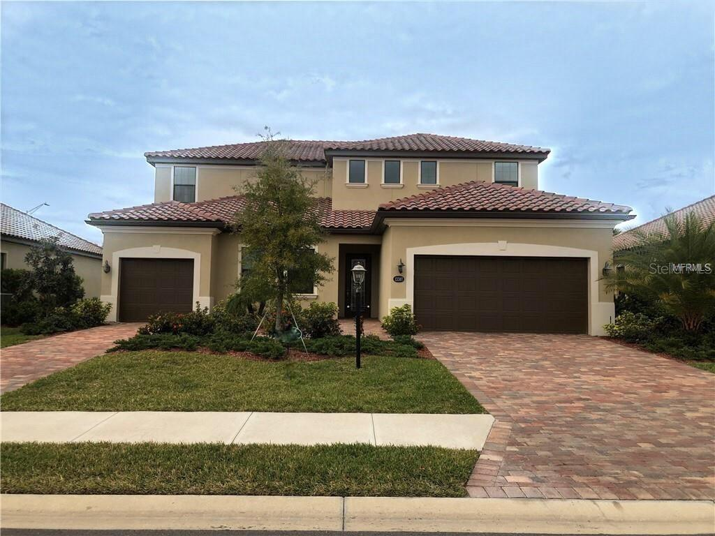 Gorgeous Home in Bridgewater in Lakewood Ranch! - Single Family Home for sale at 13307 Swiftwater Way, Lakewood Ranch, FL 34211 - MLS Number is A4423565