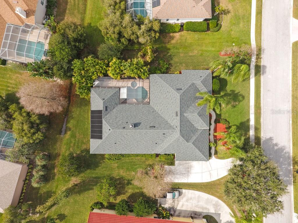 Plenty of room in between neighbors - Single Family Home for sale at 6930 Riversedge Street Cir, Bradenton, FL 34202 - MLS Number is A4424022