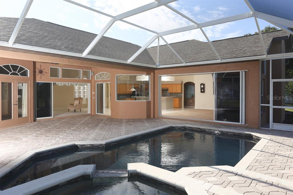 Pool remodeled in 2015 - Single Family Home for sale at 1329 Oak Point Ct, Venice, FL 34292 - MLS Number is A4428059