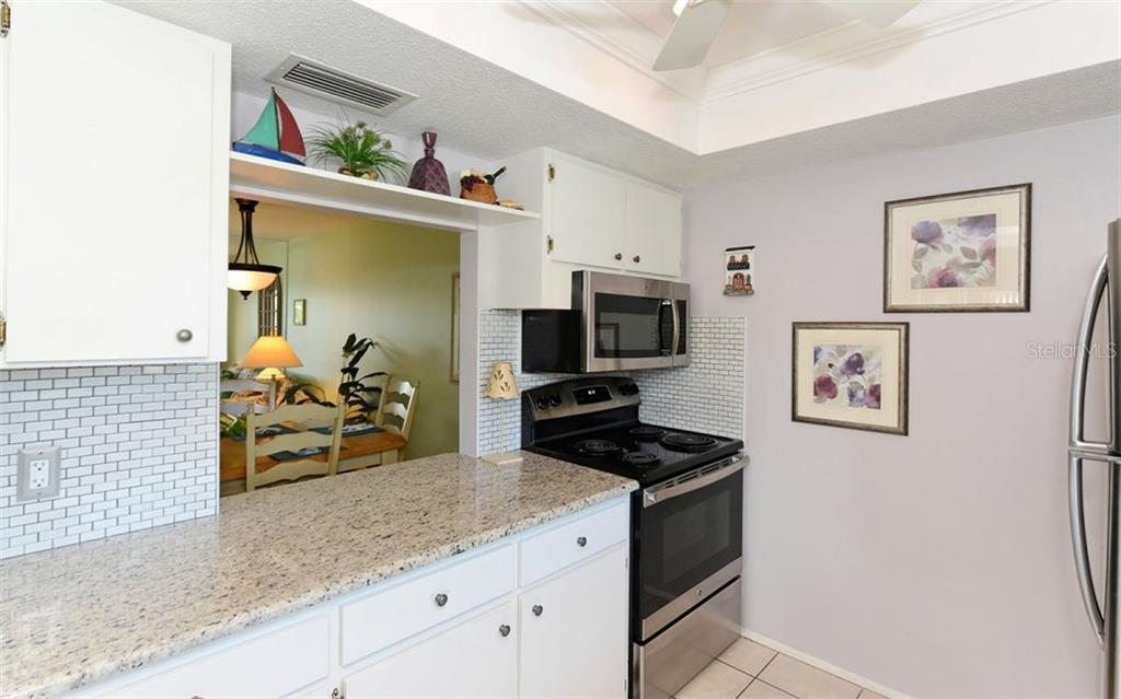 Convenient Pass Thru. - Condo for sale at 797 Beach Rd #215, Sarasota, FL 34242 - MLS Number is A4430524