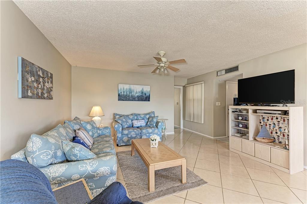 Condo for sale at 9525 Antiqua Cv #9525, Bradenton, FL 34210 - MLS Number is A4430697
