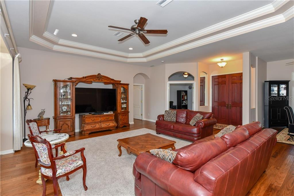 Tray ceiling & newer fans thru-out - Single Family Home for sale at 2745 Harvest Dr, Sarasota, FL 34240 - MLS Number is A4436381