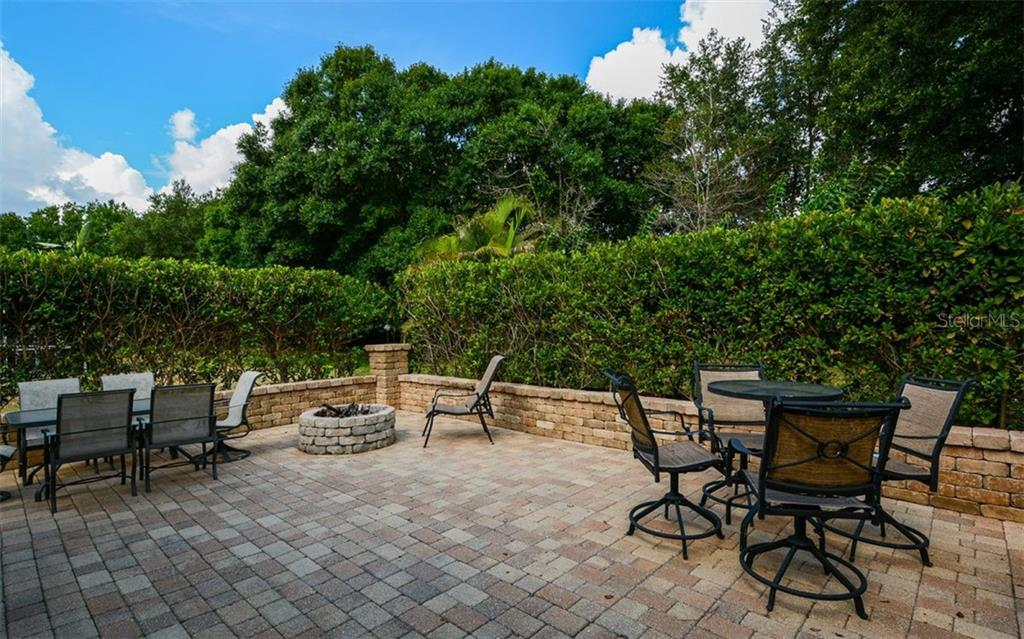 Single Family Home for sale at 11246 Beebalm Cir, Lakewood Ranch, FL 34202 - MLS Number is A4438557