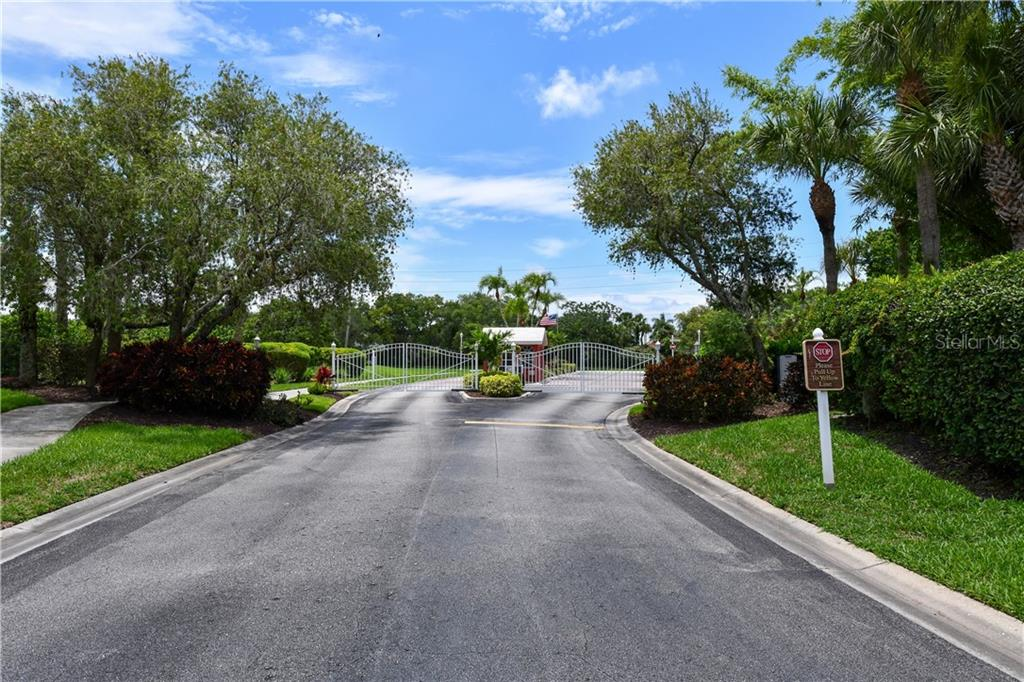 Gated Entry - Single Family Home for sale at 4074 Via Mirada, Sarasota, FL 34238 - MLS Number is A4439141