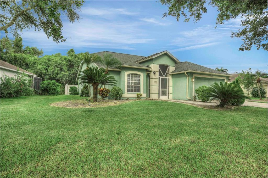 Here's one last look at this amazing home located at 5109 76th Street east in Creekwood! Low HOA, excellent schools and location make this a wonderful place to call home- Call today for an appointment! - Single Family Home for sale at 5109 76th St E, Bradenton, FL 34203 - MLS Number is A4443335