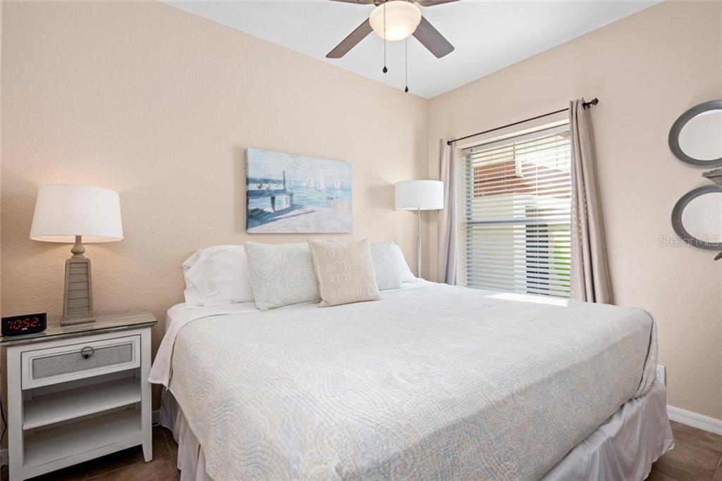 Dancing Bear Bedroom. - Single Family Home for sale at 523 Beach Rd, Sarasota, FL 34242 - MLS Number is A4446354