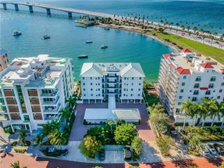 174 Golden Gate Pt #31, Sarasota, FL 34236