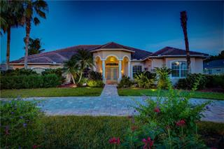 9972 Cherry Hills Avenue Cir, Bradenton, FL 34202