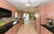 Single Family Home for sale at 512 N Spoonbill Dr, Sarasota, FL 34236 - MLS Number is A4428378