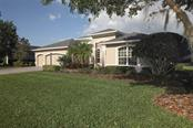 Single Family Home for sale at 1568 Hickory View Cir, Parrish, FL 34219 - MLS Number is A4433154