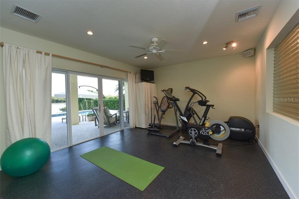 Exercise Room - Single Family Home for sale at 525 Bayview Pkwy, Nokomis, FL 34275 - MLS Number is N5912985