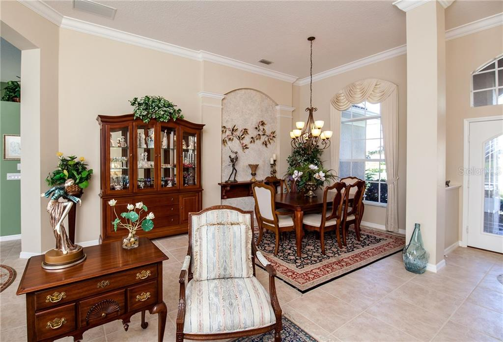 Living Room To Dining And Foyer