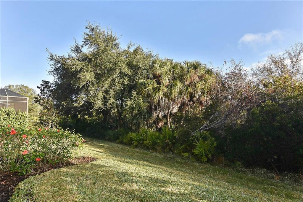 Yard - Villa for sale at 11108 Batello Dr, Venice, FL 34292 - MLS Number is N6104651