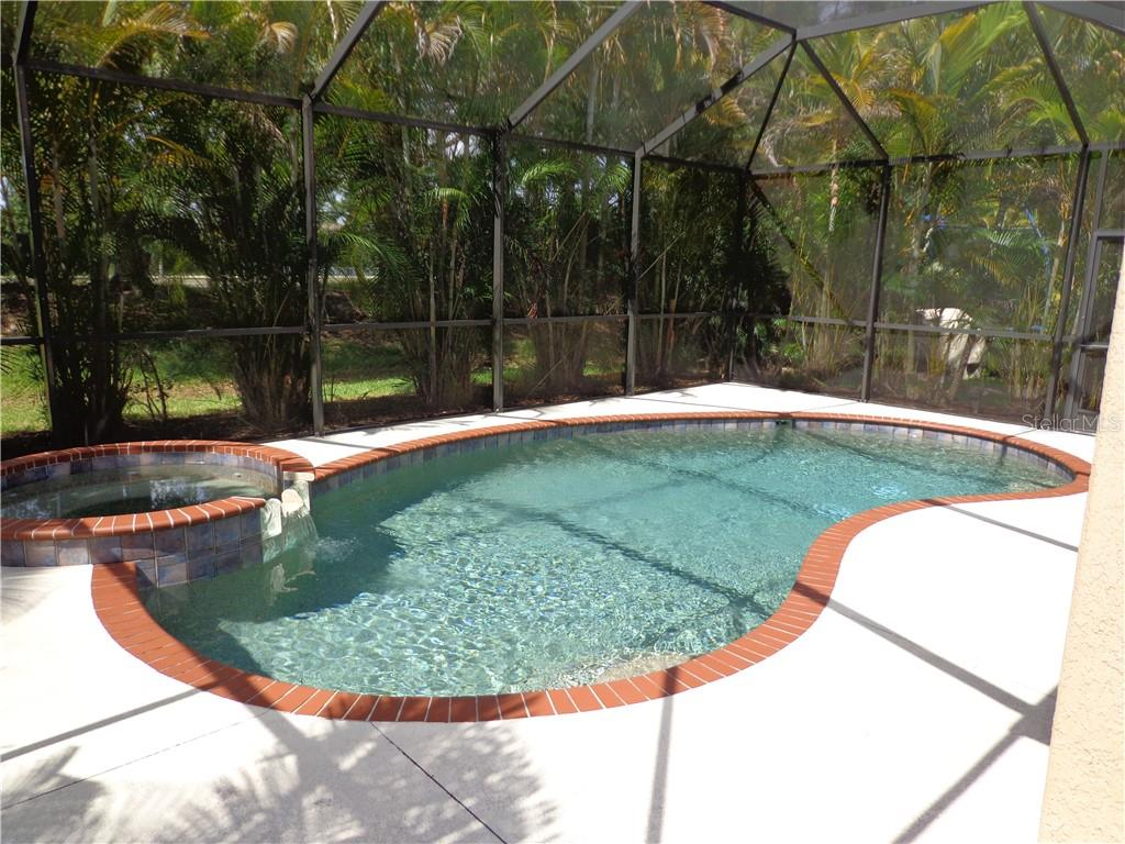 Single Family Home for sale at 11735 Breadfruit Ln, Venice, FL 34292 - MLS Number is N6105377