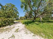 Lot - Vacant Land for sale at 514 Bayview Pkwy, Nokomis, FL 34275 - MLS Number is N6105066